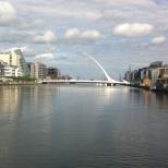 The Harp - A ponte mais famosa de Dublin, ligando o lado Norte ao lado Sul no Liffey