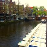 um dos tantos rios que cruzam a cidade