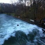 Surfe no rio, Jardim Inglês, Munique.