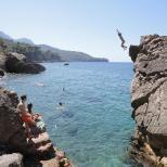 Pausa para um mergulho, em St. Peters Pool, Malta.
